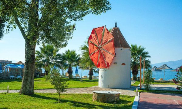 Grand Blue Beach Resort Eretria 10