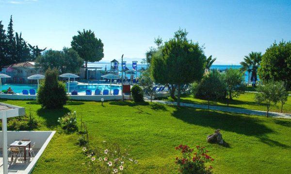 Grand Blue Beach Resort Eretria 11