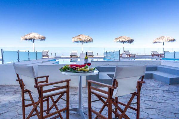 Διακοπές στη Σαντορίνη - Splendour Resort 3* 03