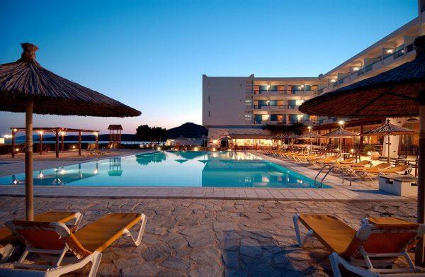 Διακοπές στην Τήνο, στο Tinos Beach Hotel 4* 05