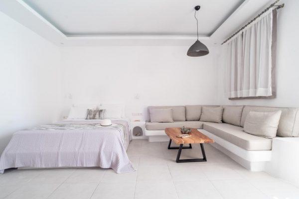Ambience Suites Firostefani Santorini 04